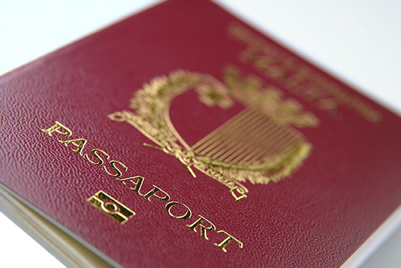 Malta-passport-(2010)_low